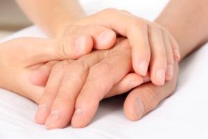nurse-holding-hand