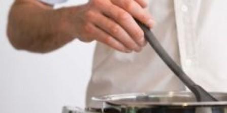 man_cooking